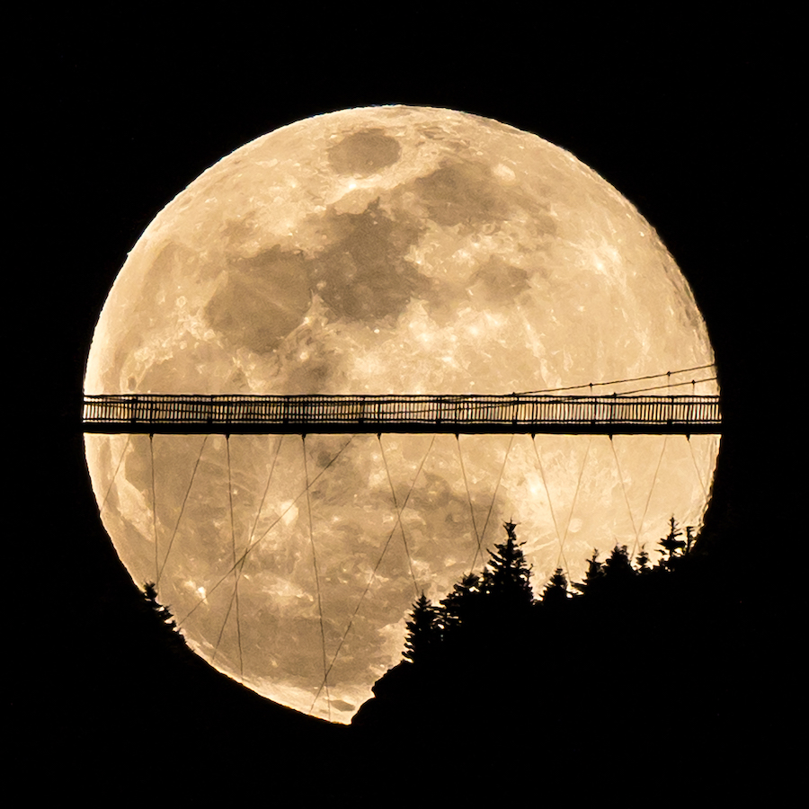Daniel Goida; Golden Hour; Adventure category winner; 2020 Appalachian Mountain Photography Competition & Exhibition.